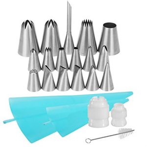 22-in-1 Cake Decorating Supplies